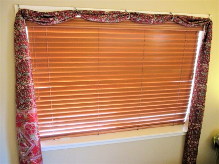 curtain-the-red-one-5-2222